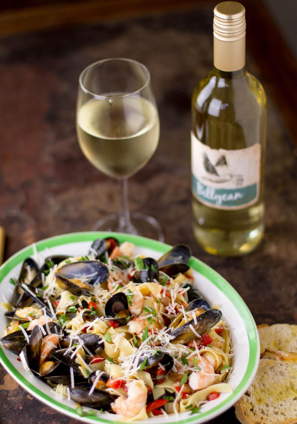 Những món ăn hợp với rượu vang trắng