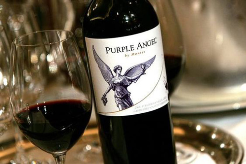 đặc điểm vang chile Montes Purple Angel