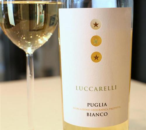 đặc điểm vang trắng Luccarelli Bianco