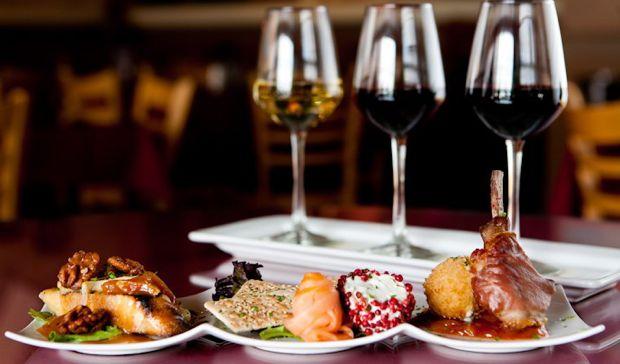 Những món ăn hợp với rượu vang đỏ