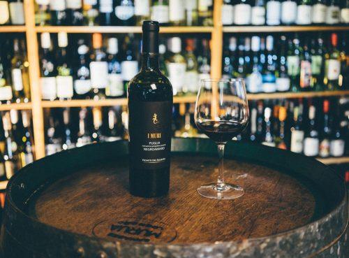 giới thiệu rượu vang I Muri Negroamaro