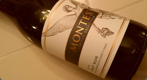 sản xuất Montes Limited Selection Pinot Noir