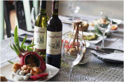 Cho những ai còn đang thắc mắc uống rượu vang Đà Lạt có tốt không?