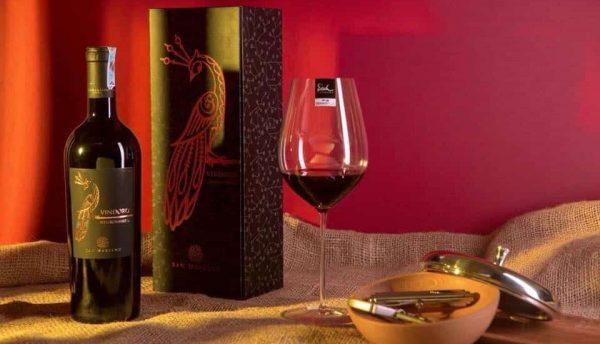 Rượu vang con công Vindoro Negroamaro